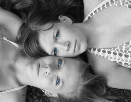 amo la mia ragazza ed amo sua sorella - Amo la mia ragazza ed amo sua sorella