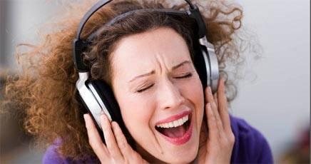 ascoltavo la musica a tutto volume fa male - La musica a tutto volume fa male