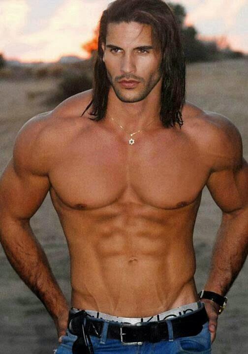 il mio istruttore di body building gay - Il mio istruttore di body building è gay