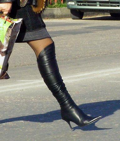 image gyxhj43kb275clazed1f - Lecco le scarpe di mia moglie