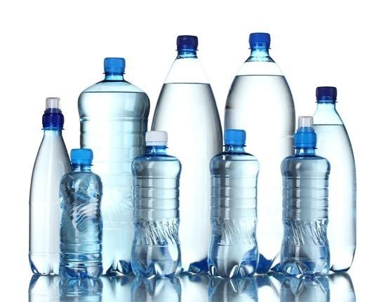 acqua minerale - Non capivo perché bevesse tutta quell'acqua...