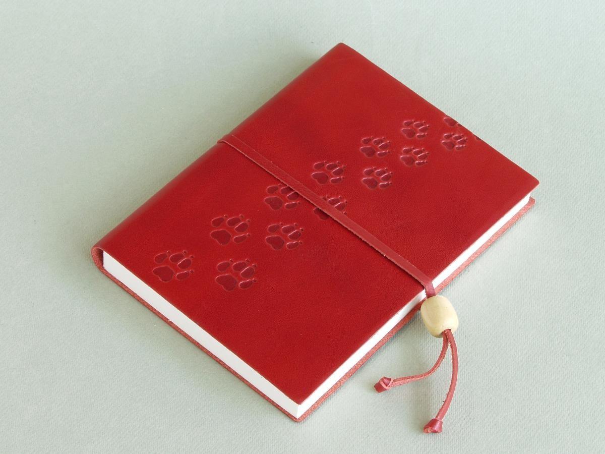 quaderno segreto rosso - Il quaderno rosso